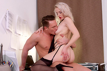 Playing Sexy Role Games with Beautiful Stranger